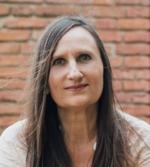 Johanna Stüttgen OrdnungsCoach & Organizer. Vor Ort im Großraum Timmendorfer Strand, Lübeck & Online.